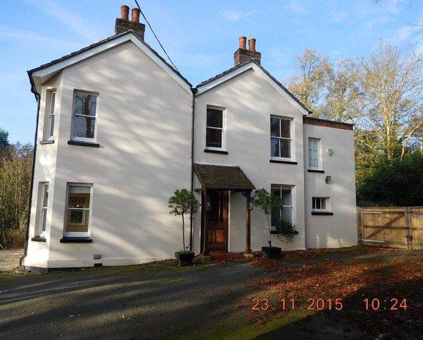 house in farnham: building surveyor farnham