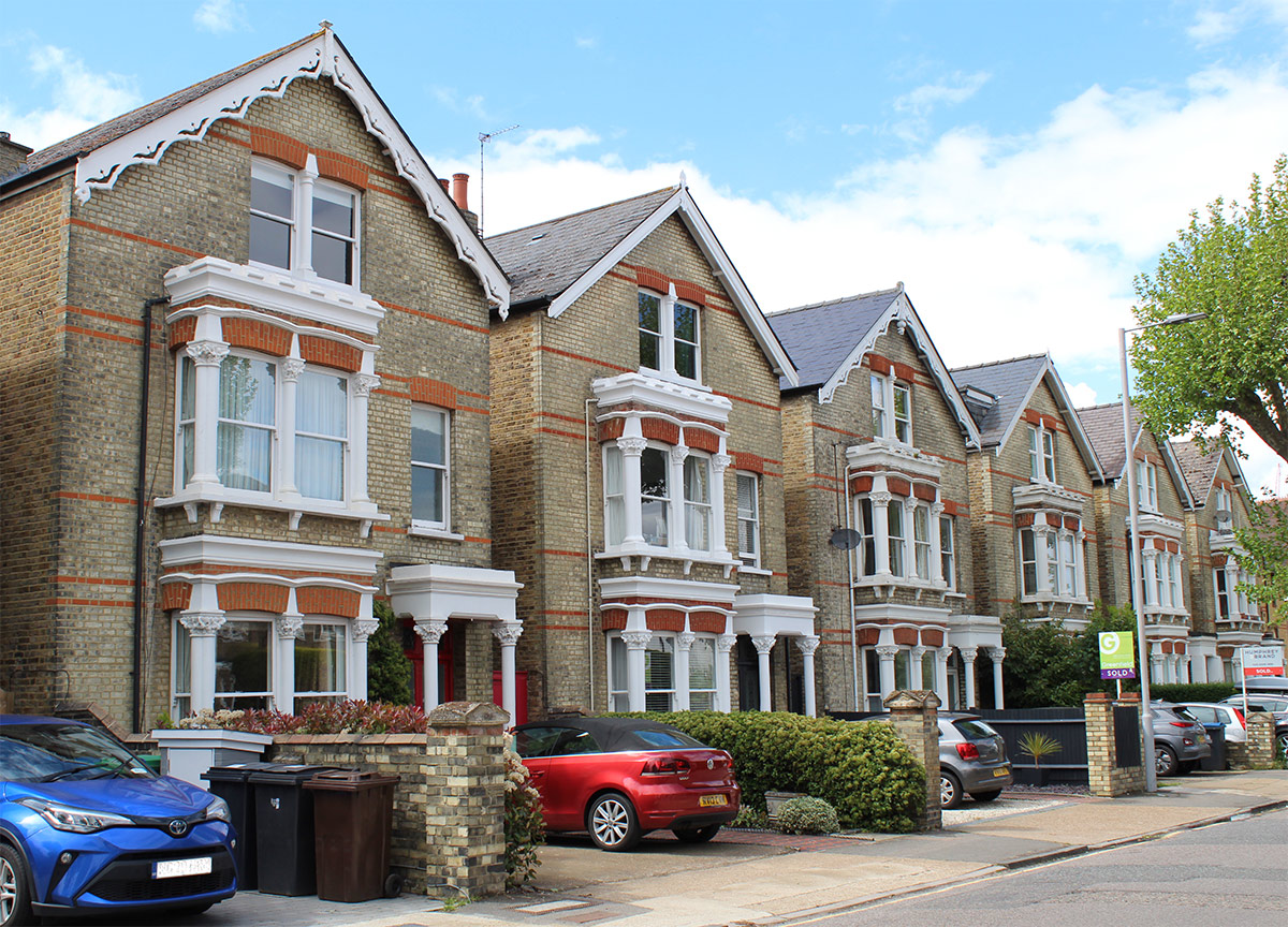 Houses in Kingston upon Thames, Surrey